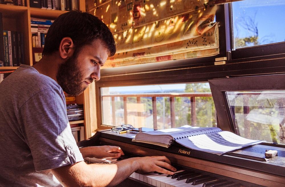 Koje su prednosti sviranja na električnom klaviru